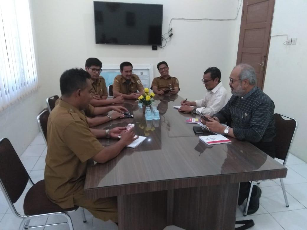 Kunjungan Bapak Ghazali Abbas dari DPD RI dalam rangka melakukan konsultasi dan masukan masalah ketenagakerjaan di kota Banda Aceh