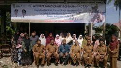 Pembukaan Pelatihan Handicraft Berbahan Rotan di Pangoe Raya