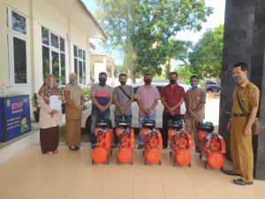 Penyerahan Peralatan Bengkel kelompok Usaha Gampong Lampaseh Kota